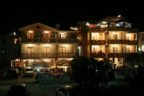 Villa Primafila