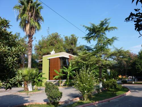 Cetinel Tesisleri-Green Club Hotel
