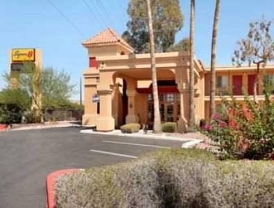 Super 8 Bell Hotel Phoenix