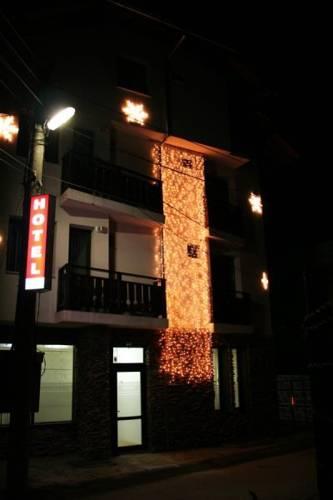 Riskyoff Hotel
