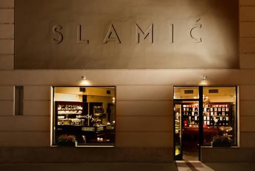 B&B Slamic