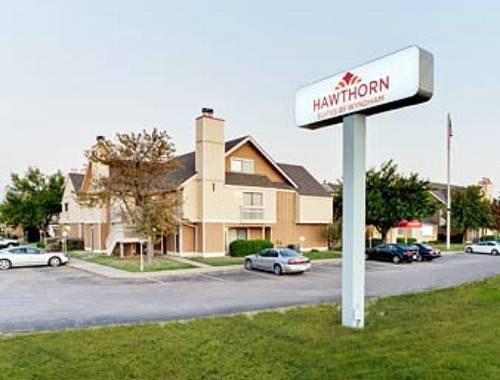 Hawthorn Suites Wichita East
