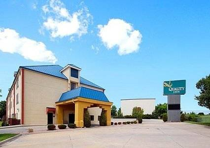 Quality Inn Blue Springs