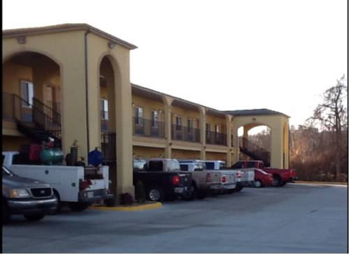 Muskogee Inn and Suites