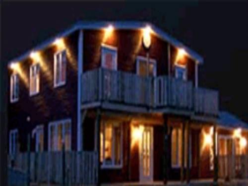 Bears Cove Inn