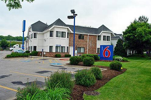 Motel 6 Chicago North - Glenview