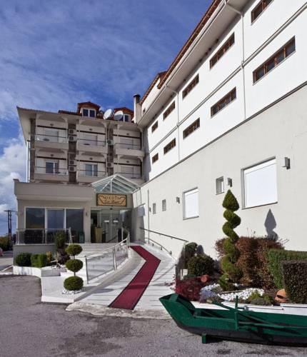 Dedis Hotel