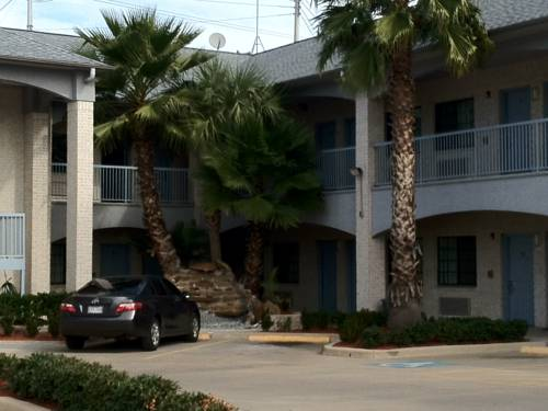 Scott Inn and Suites Houston