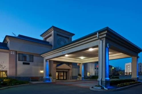 Holiday Inn Express Indianapolis-Brownsburg/I-74 West