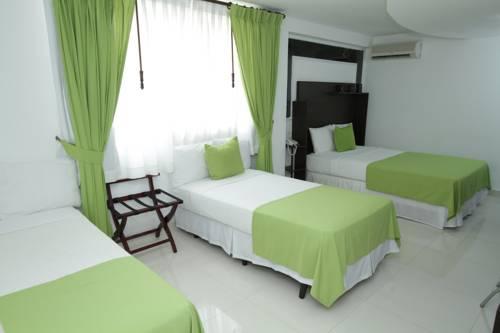Las Huacas Hotel & Suites