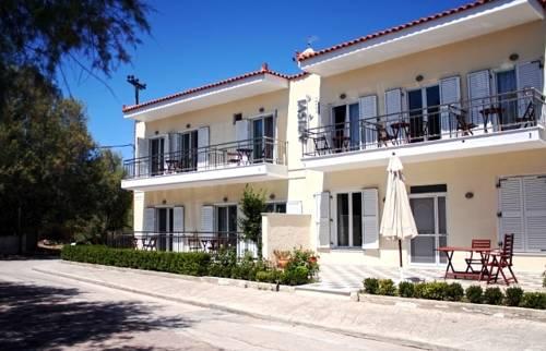 Arisvi Hotel