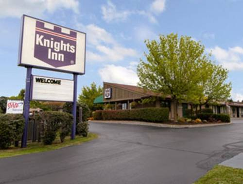 Knights Inn Syracuse-Liverpool