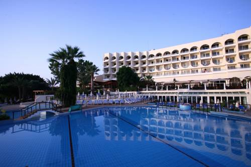 Golden Coast Beach Hotel
