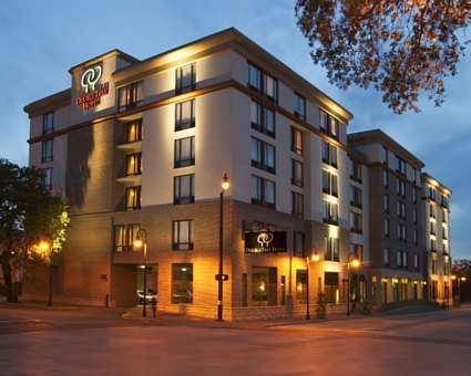 DoubleTree by Hilton Historic Savannah