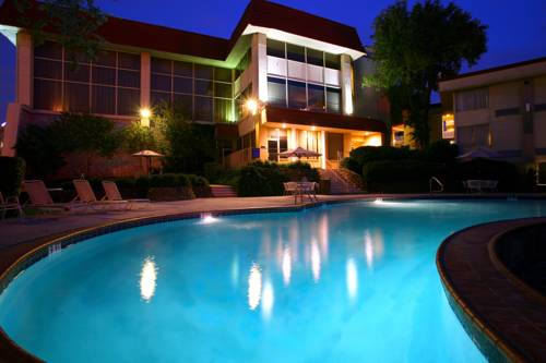 Hotel Trinity InnSuites Fort Worth