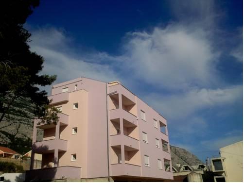 Sara Apartments