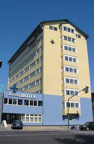 Károly Hotel