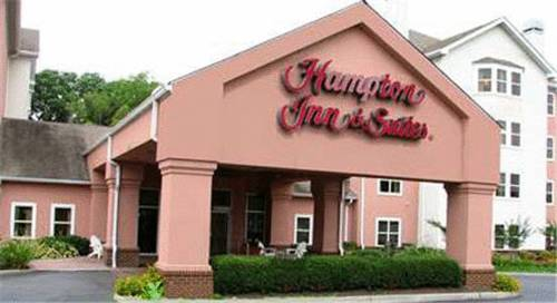 Hampton Inn & Suites Newport News-Airport (Oyster Point Area)