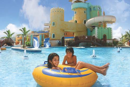 Sunset Beach Resort Spa and Waterpark All Inclusive