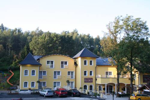 Gasthof & Hotel Zum Grünen Wald