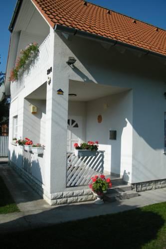 Gizella Nyaralóház