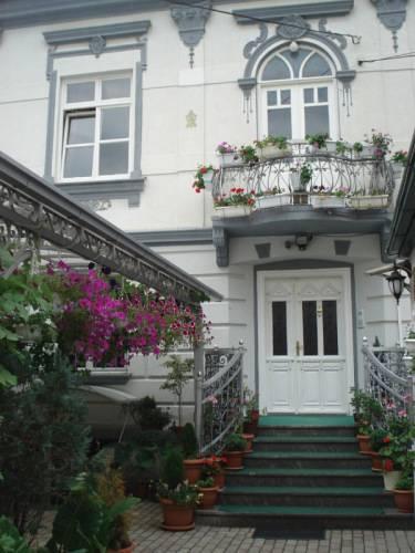 Tokin House