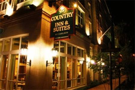 Country Inn & Suites Savannah Historic District
