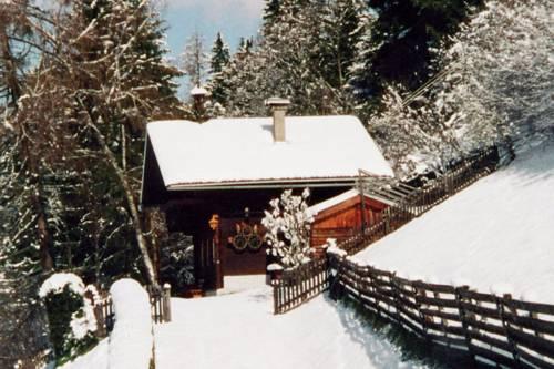Holiday Home Sonnrasthutte Lienz