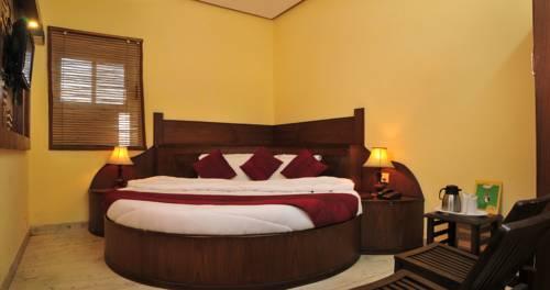 Hotel Gold Regency