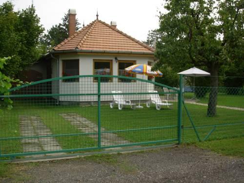 Balaton Ház