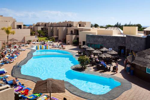 Aparthotel Blue Sea Costa Teguise Gardens