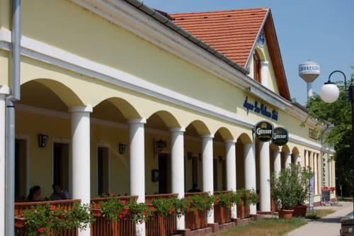 Aqua Lux Wellness Hotel