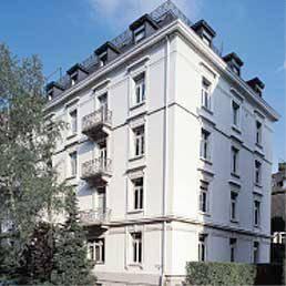Design Hotel L First