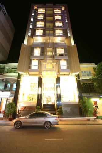Golden Rain Hotel - Hoang Vu