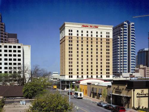 Hampton Inn and Suites Austin-Downtown
