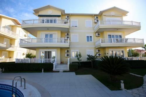 Cleodora Residence