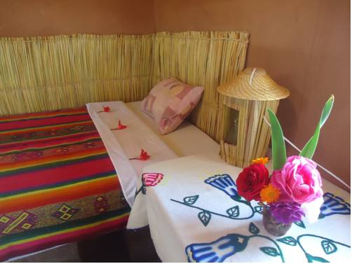 Flor de Kantuta Inn