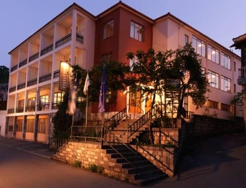 Hotel Parnon