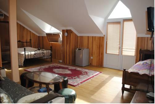 Irakli Guest House