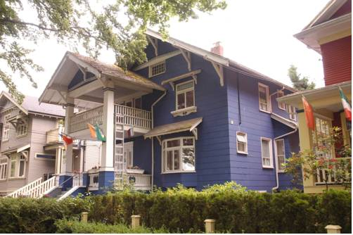 Cambie Lodge Bed and Breakfast